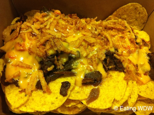 amc-philly-loaded-nachos1